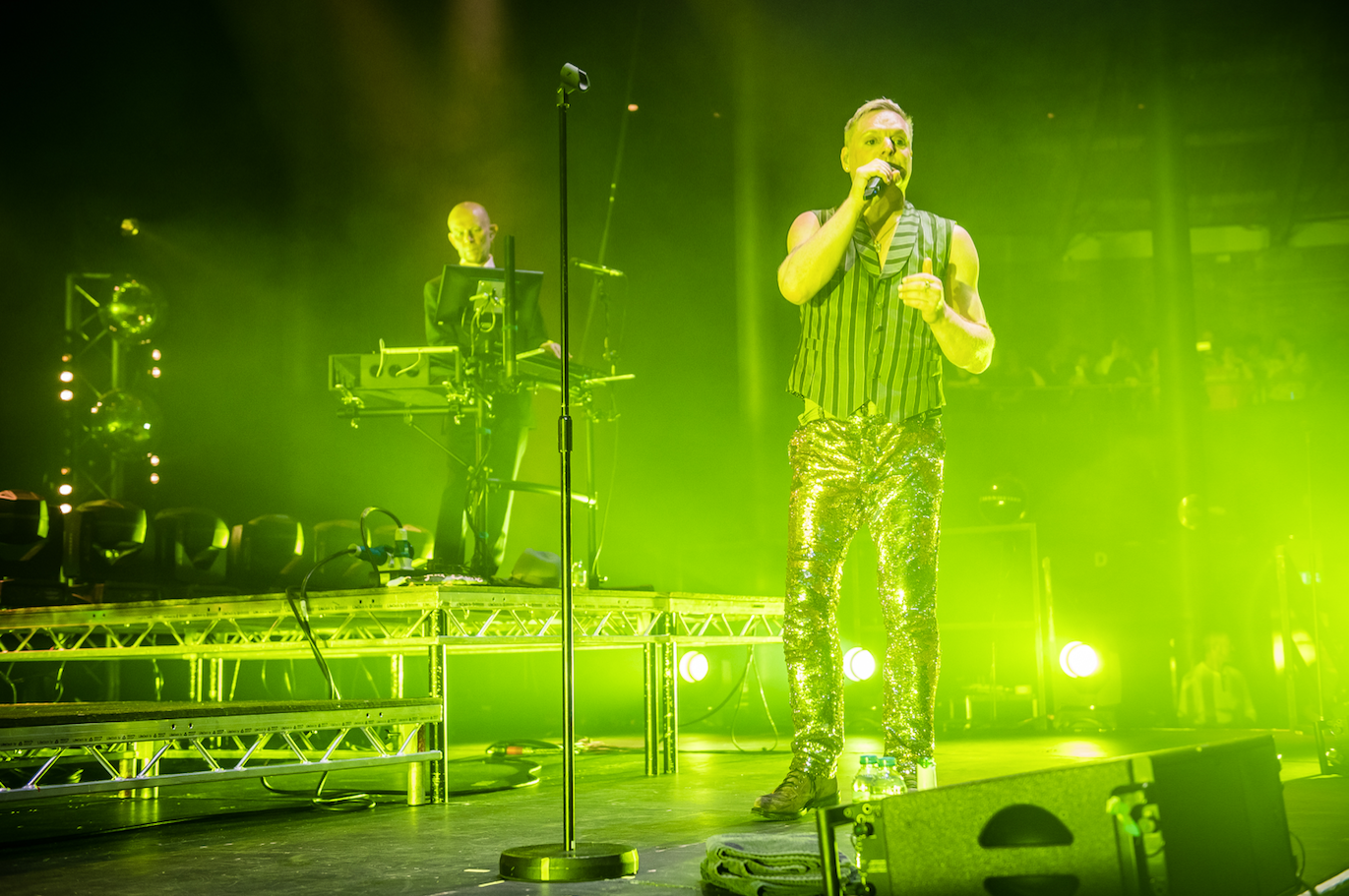 Review: Erasure - World Be Live - live show